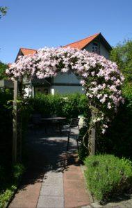 torbogen terrasse 2009 190x300